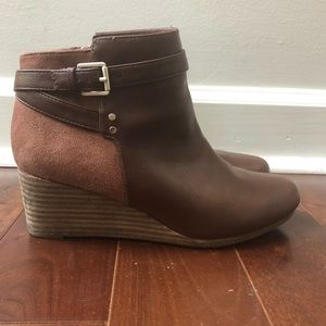 Dr. Scholl's Brown Point Wedge Boots Booties